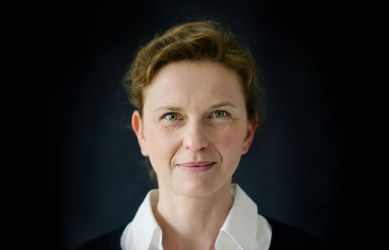 Portrait: Elisabeth Neumaier